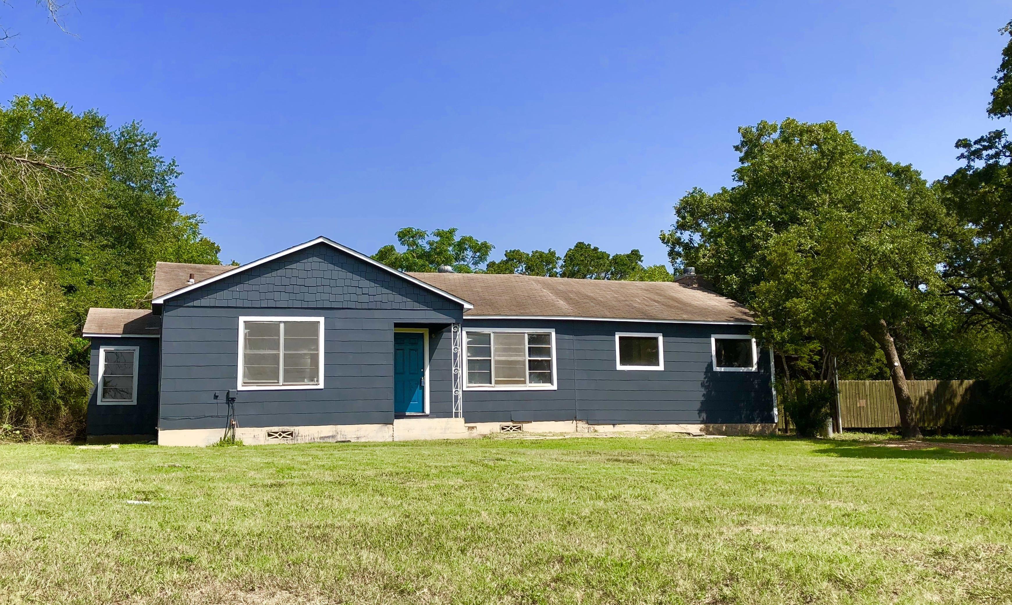 4442 Raymond Stotzer Pkwy – College Station, Texas