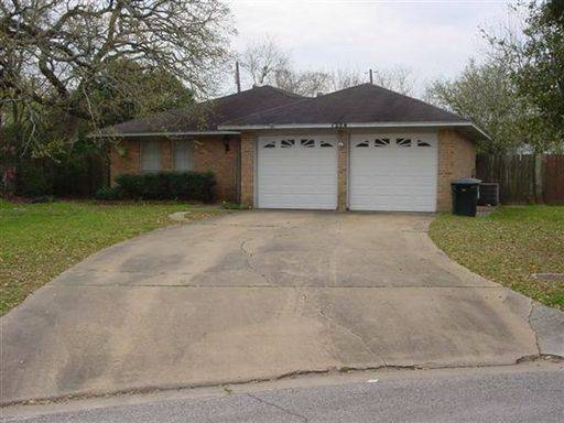 1224 S Dexter Dr – College Station, Texas