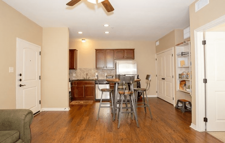 Broadstone Ranch at Wolf Pen Creek – 1 Bedroom, 1 Bath (749 SqFt)